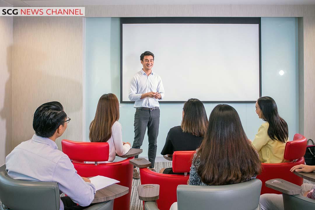 การให้คำแนะนำจากพี่เลี้ยงหรือผู้เชี่ยวชาญในองค์กร
